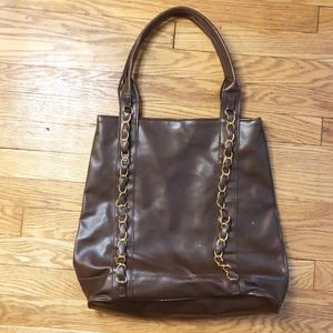 Signature Club A large tote dark brown gold chain